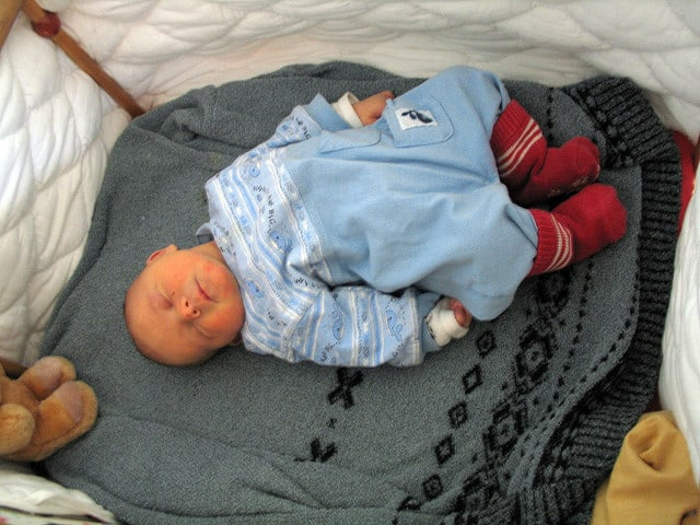 travel bed for baby