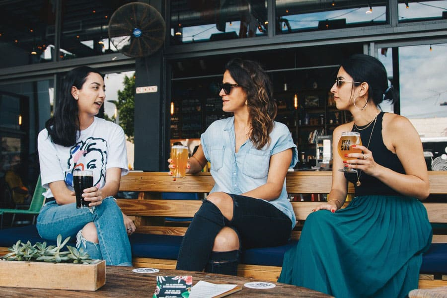 ways to find mom friends, meet mothers, co-parents