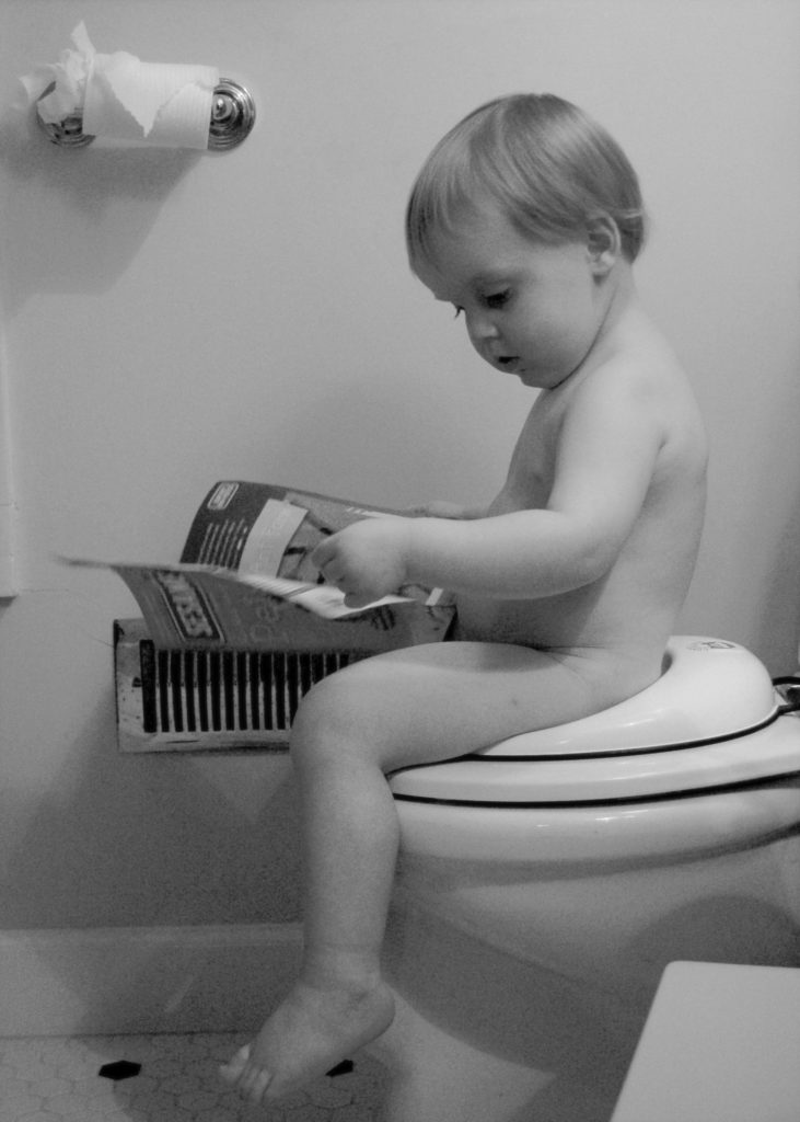 potty training baby on toilet
